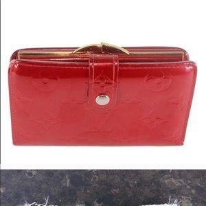 Authentic Louis Vuitton Vernis Red Kisslock Wallet